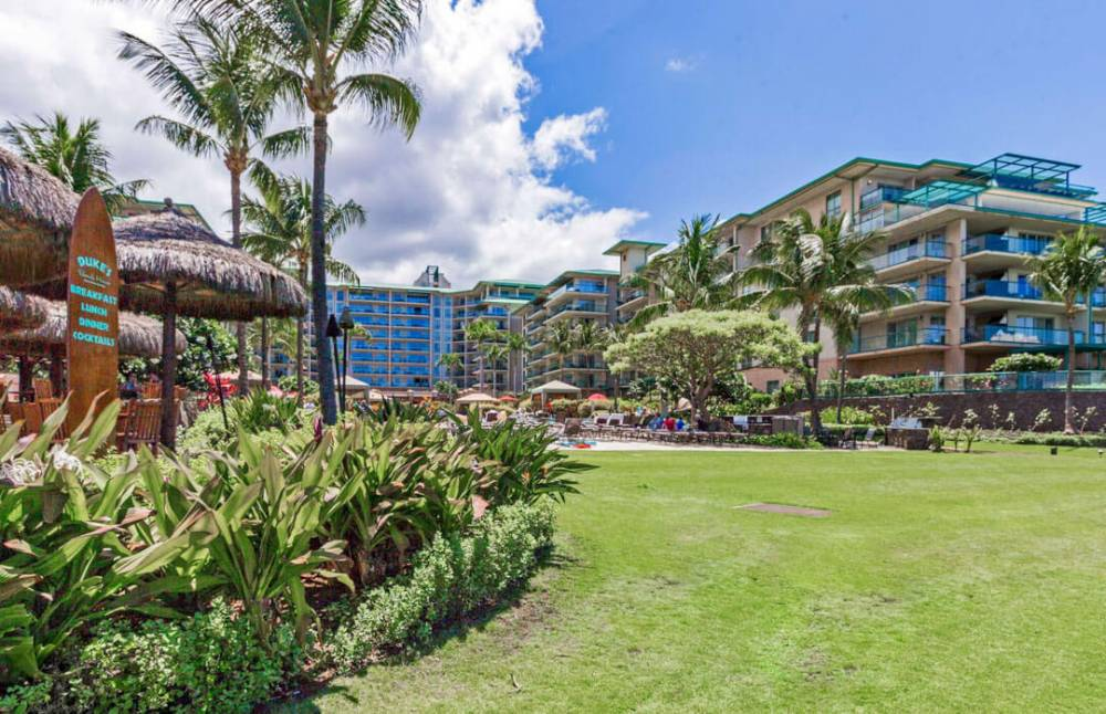 Featuring 36 lush acres on Kaanapali North Beach