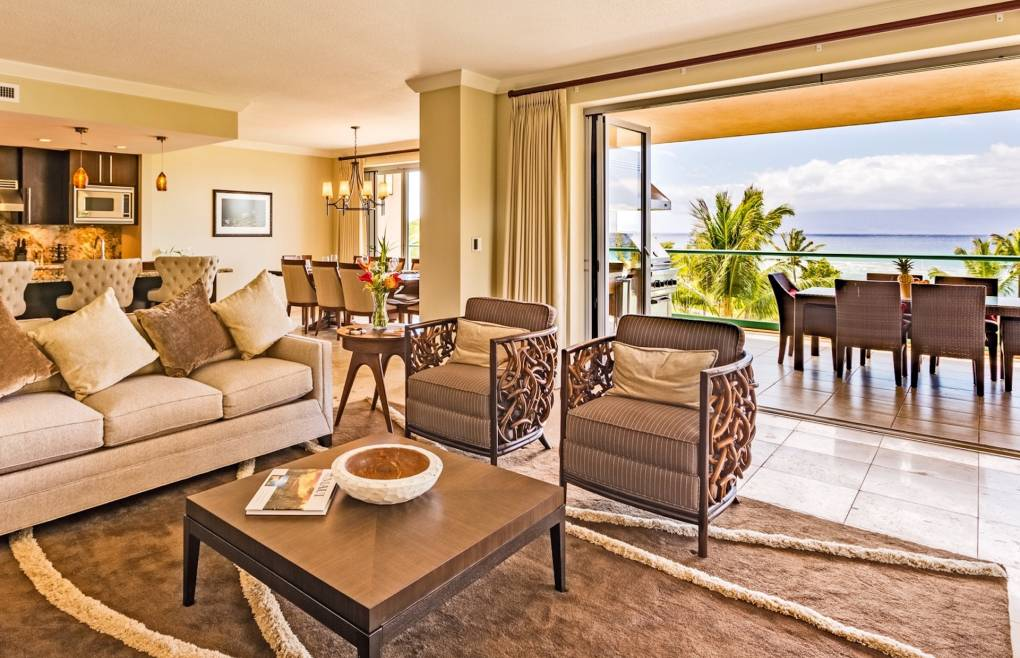 Closest 3 bedroom to the ocean in the Konea Tower
