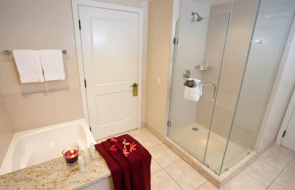 Also featuring a glass walk-in shower