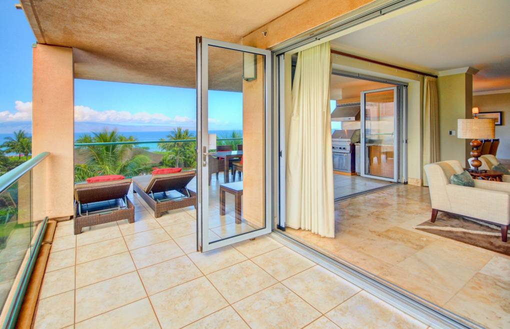 Open the retractable doors for a relaxing indoor/outdoor living experience