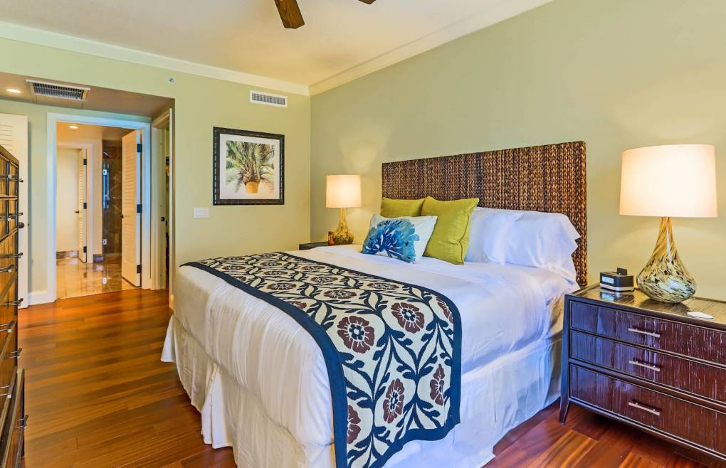 Second master bedroom offers a king size bed