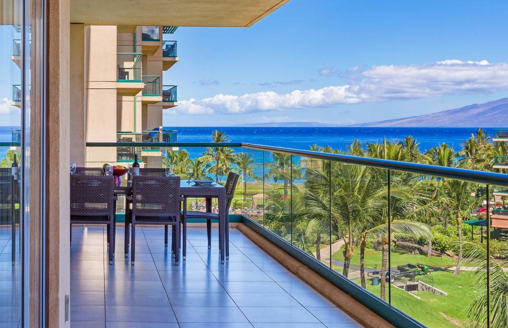 With plenty of room to enjoy the gorgeous Maui outdoors