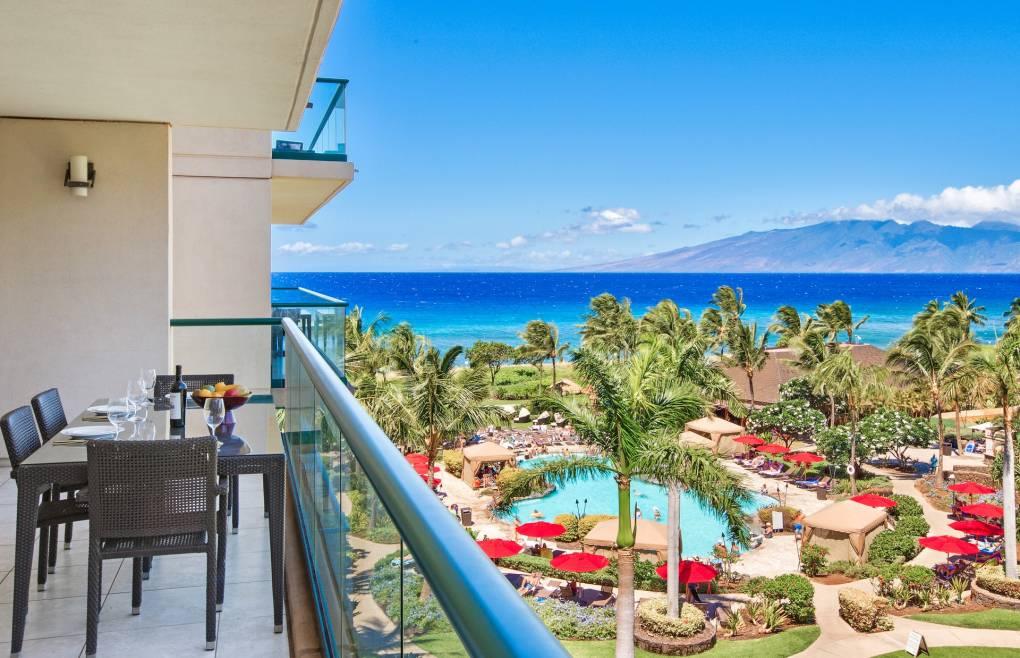 Enjoy the gorgeous Maui outdoors on the 235 sq ft balcony