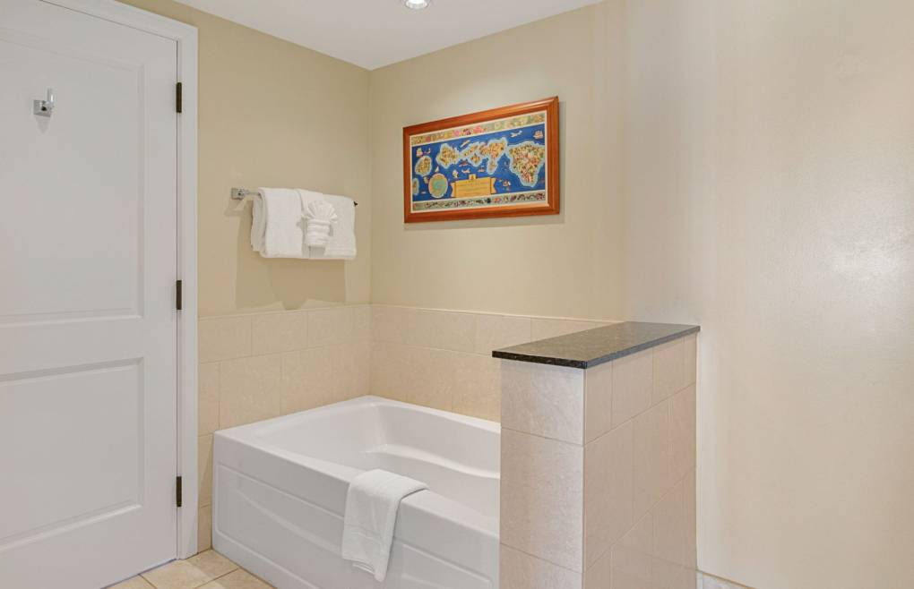 And a separate soaking tub