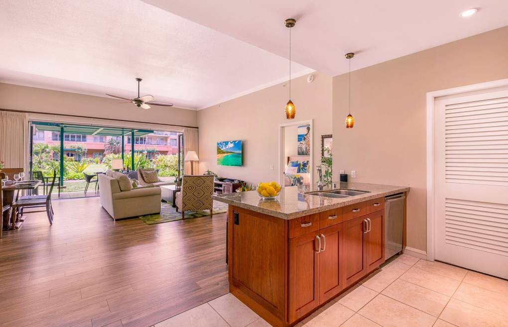 Offering a spacious 1300+ sq. ft. floor plan with 11 foot ceilings