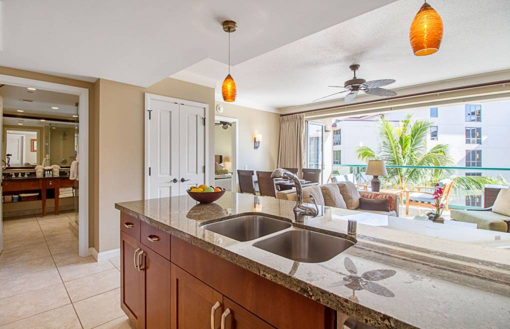 With a spacious 700 sq ft open floorplan