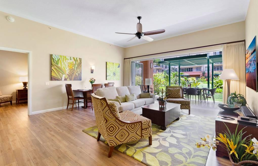 Upgraded wood grain tile enhances your Maui experience