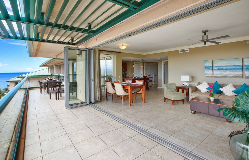 Step out onto the massive 500 sq ft balcony and take in the views